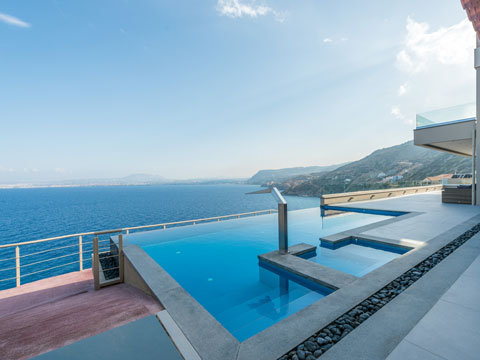 Rogdia villa for Club piscine west island